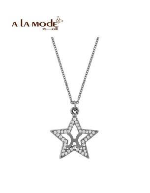A La Mode Necklace